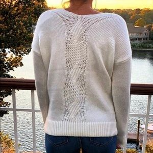 Loft cable knit sweater!